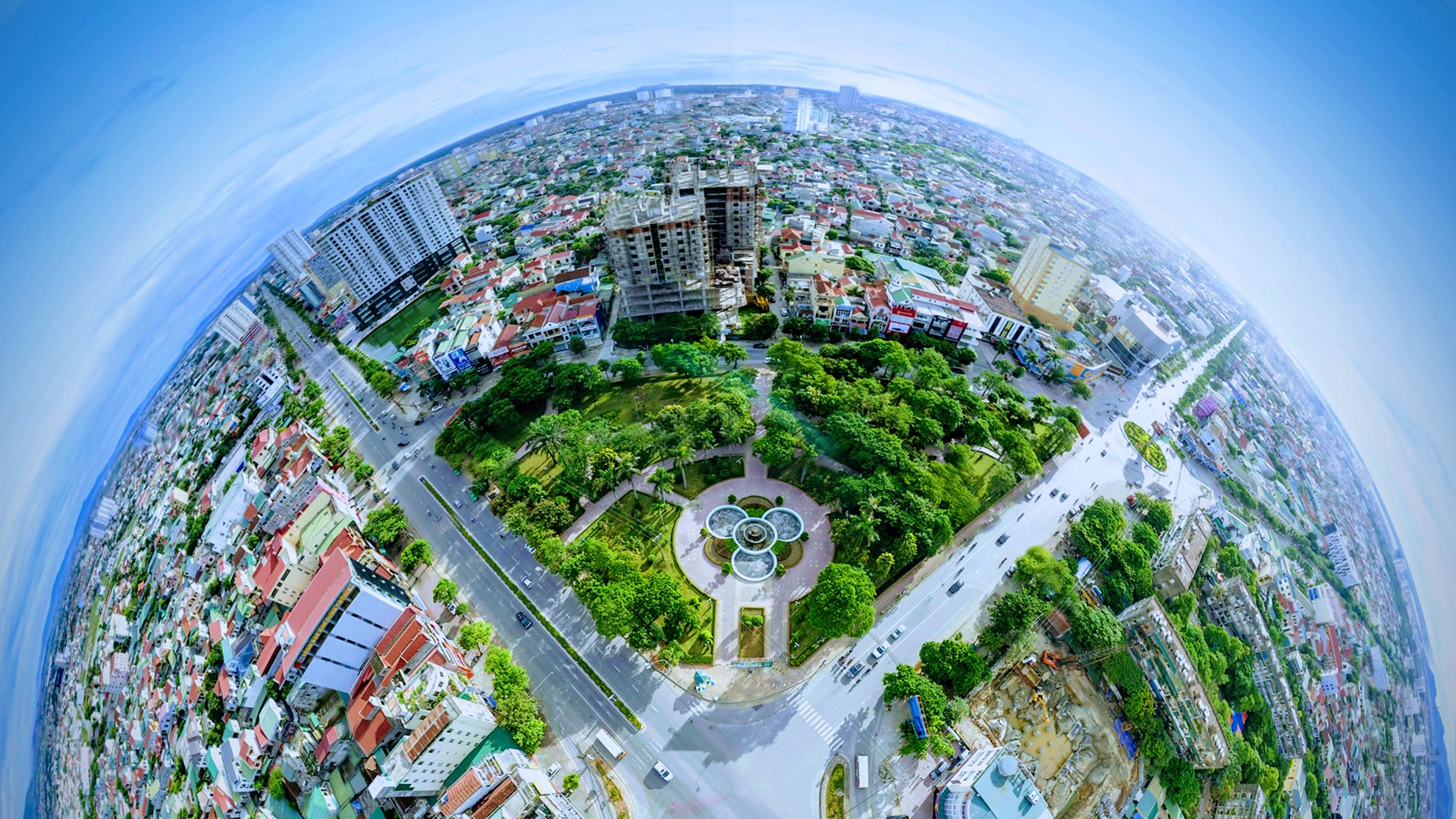 Aerial view of Vinh City.